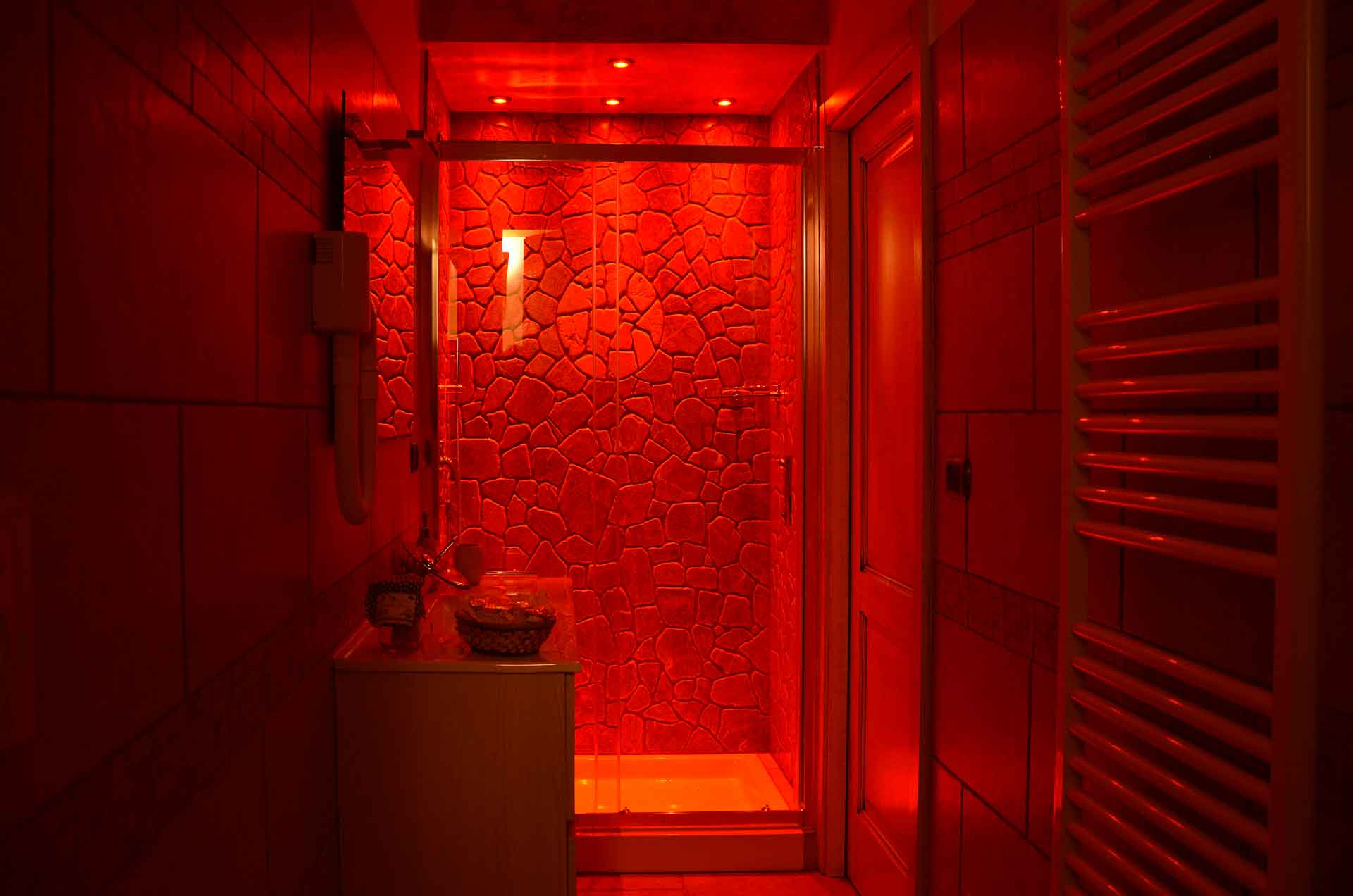 B&B Anemos - Shower cabin with light games